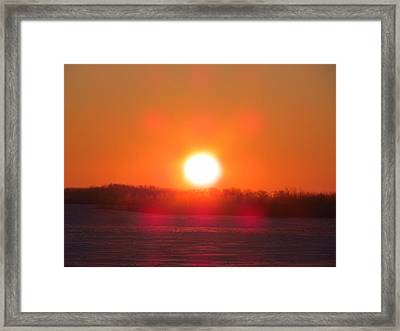 Sunrise At Wroxton Framed Print by Ryan Crouse