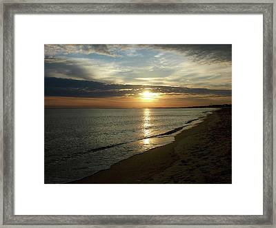 Sunrise In Norfolk Va Framed Print by Susan Savad