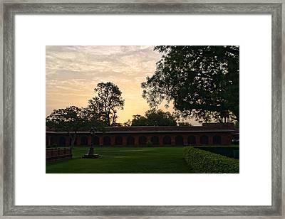 Sunrise Inside Taj Mahal Comples Framed Print by Linda Phelps