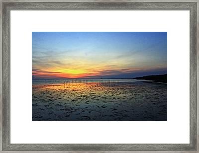 Sunset @ Bangpuu Framed Print by Suradej Chuephanich
