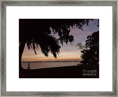 Sunset At Jefferson Island Framed Print by Kelly Morvant