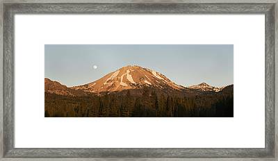 Sunset At Lassen Volcanic Np California Framed Print by Kevin Schafer