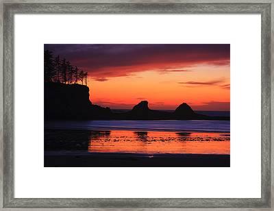 Sunset Bay Sunset 2 Framed Print by Mark Kiver