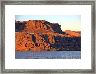 Sunset Cliffs At Horsethief  Framed Print by Talya Johnson