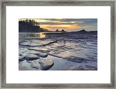 Sunset Glow Framed Print by Suzy Piatt