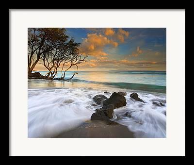 Lahaina Framed Prints