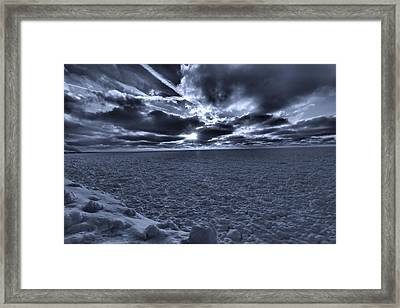 Sunset In The Arctic Framed Print by Dan Sproul