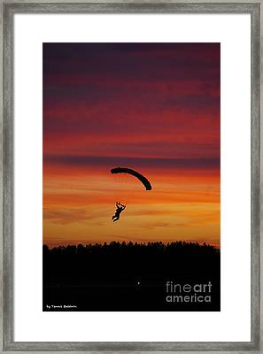 Framed Print featuring the photograph Sunset Landing by Tannis  Baldwin