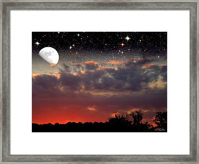 Sunset Moonrise Framed Print by Pete Trenholm