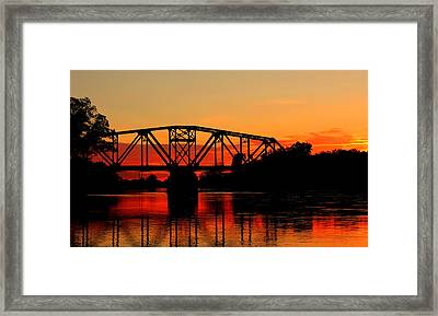 Sunset Over The Taylor Bridge Framed Print by Larry Trupp