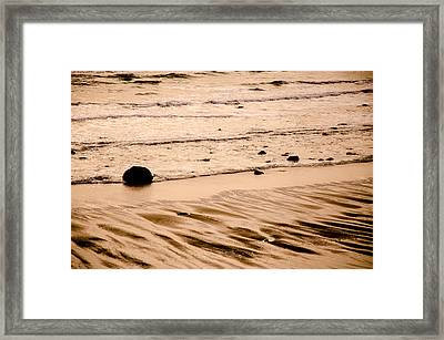 Sunset Palette Wreck Beach Framed Print by Roxy Hurtubise
