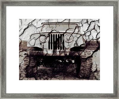 Super Swamper Commando Framed Print