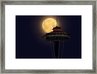 Supermoon 2012 Framed Print by Quynh Ton