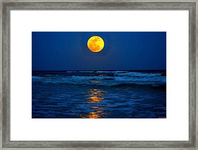 Supermoon Rising On Navarre Beach 20120505c Framed Print