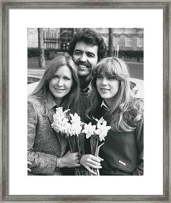 Susan Howard-donna Culver Of Dallas' Arrives In London Framed Print by Retro Images Archive