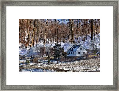 Sweet Country Charm Framed Print by Liane Wright