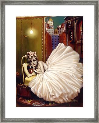 Sweet Dreams Framed Print by Vic Lee