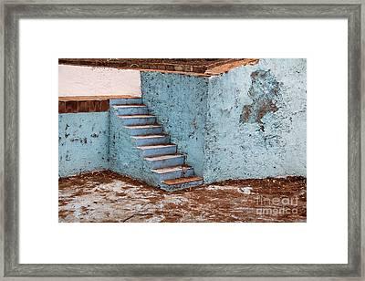 Swimming Pool At Exhacienda De Chautla Framed Print by Linda Queally