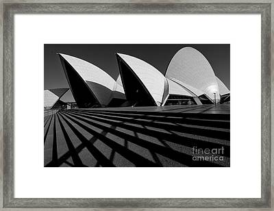 Framed Print featuring the photograph Sydney Opera House 02 by Yew Kwang