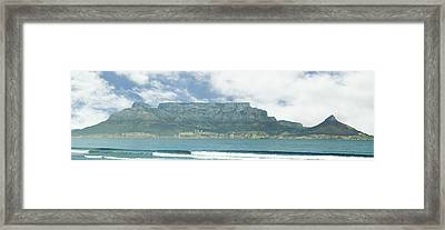 Table Mountain Framed Print by Tom Hudson