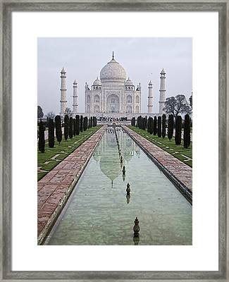 Taj Mahal Early Morning Framed Print