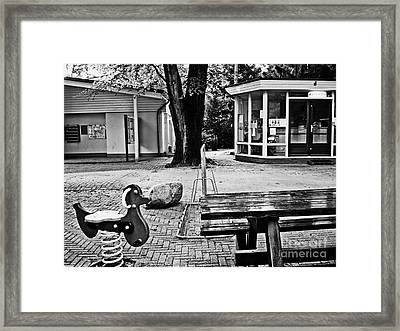 Framed Print featuring the photograph Taking A Break by Andy Prendy