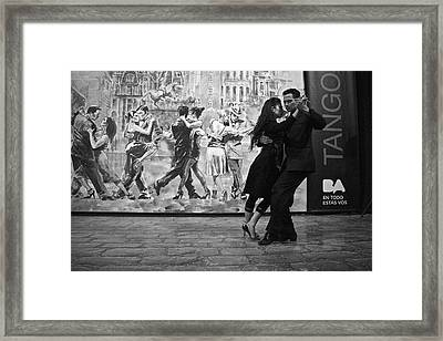 Tango Dancers In Buenos Aires Framed Print