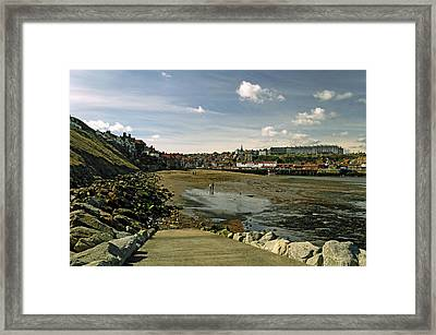 Tate Hill Sands From The Slipway - Whitby Framed Print