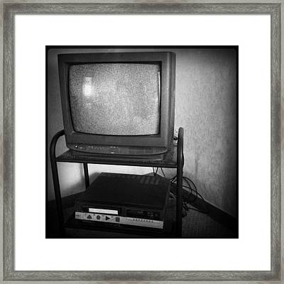 Television And Recorder Framed Print by Les Cunliffe