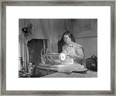 Tennessee Farm Wife, 1942 Framed Print by Granger