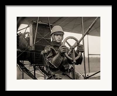 Single-engine Photographs Framed Prints
