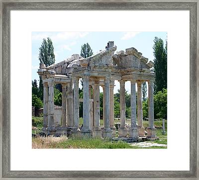 Tetrapylon The Arched Gate Of Aphrodisias Framed Print by Tracey Harrington-Simpson