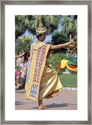 Thai Dancer At Loy Krathong Festival Framed Print by Richard Berry