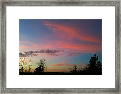 Framed Print featuring the photograph Thankful For The Day by Linda Bailey