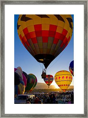 That A Way Framed Print by Gary Holmes