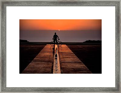 That Last Minute Before Framed Print by Bob Wall