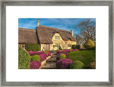 Thatched Cottage Chipping Campden Cotswolds Framed Print by David Ross