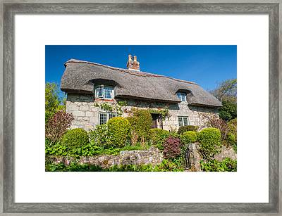 Thatched Cottage Godshill Isle Of Wight Framed Print by David Ross
