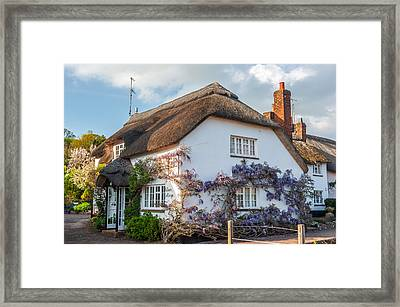 Thatched Cottage In Otterton Devon Framed Print by David Ross