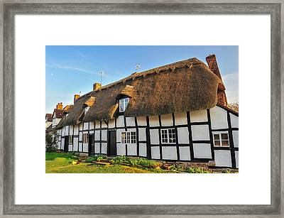 Thatched Cottage Welford On Avon Framed Print by David Ross