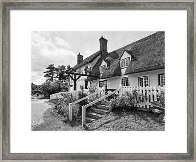 Thatched Inn - Coach And Horses Bw Framed Print by Gill Billington