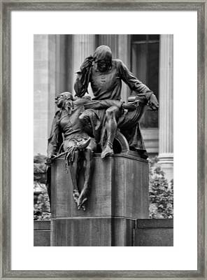 The Actor Statue Philadelphia Framed Print by Bill Cannon