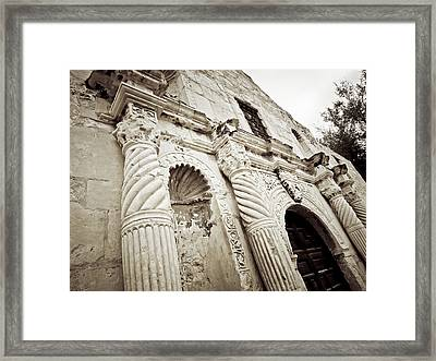 The Alamo Framed Print by Linda Unger