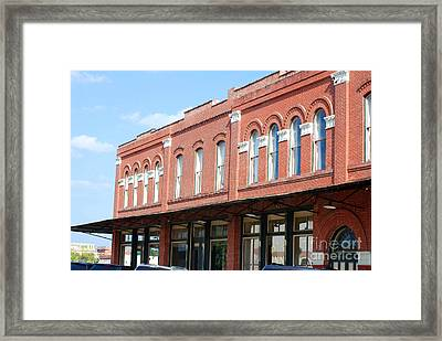 The Ant Street Inn Framed Print by Connie Fox