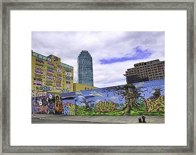 The Best Citi Graffiti Framed Print by E Osmanoglu