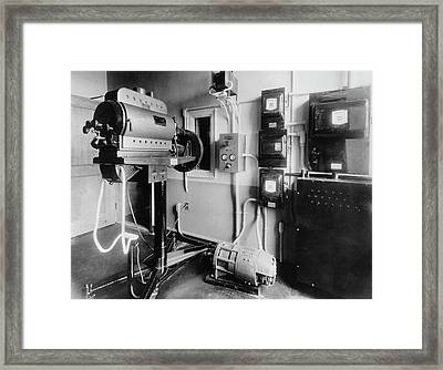 The Cbs Tv Scanning Room Framed Print by Underwood Archives