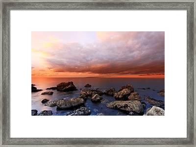 The Cove Portland Framed Print by Ollie Taylor