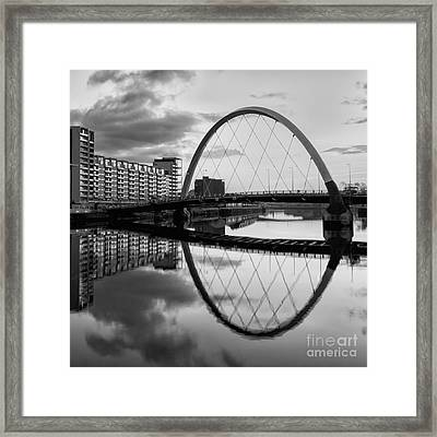 The Cyde Arc Squinty Bridge Framed Print by John Farnan