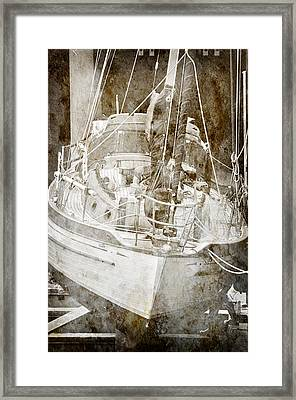 The Dutchman Framed Print by Davina Washington