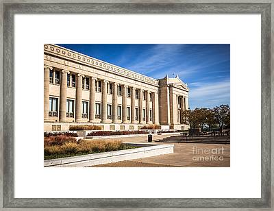 The Field Museum In Chicago Framed Print by Paul Velgos